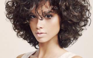 На модной волне: стильные женские стрижки на кудрявые волосы средней длины