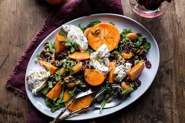 Салат с хурмой и мандаринами на новый год 2019