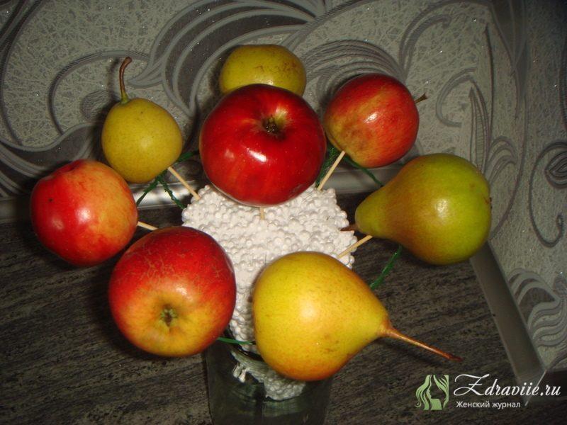 fruktovyj-buket-svoimi-rukami-5