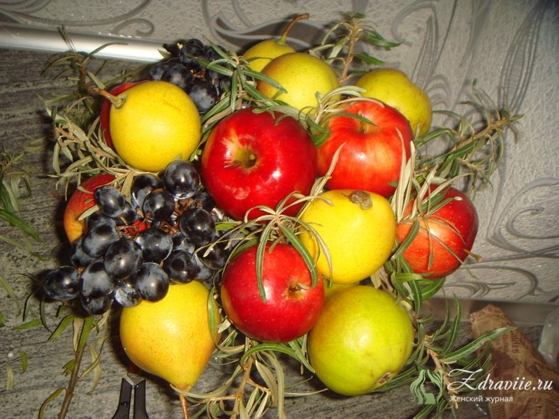 fruktovyj-buket-svoimi-rukami-8