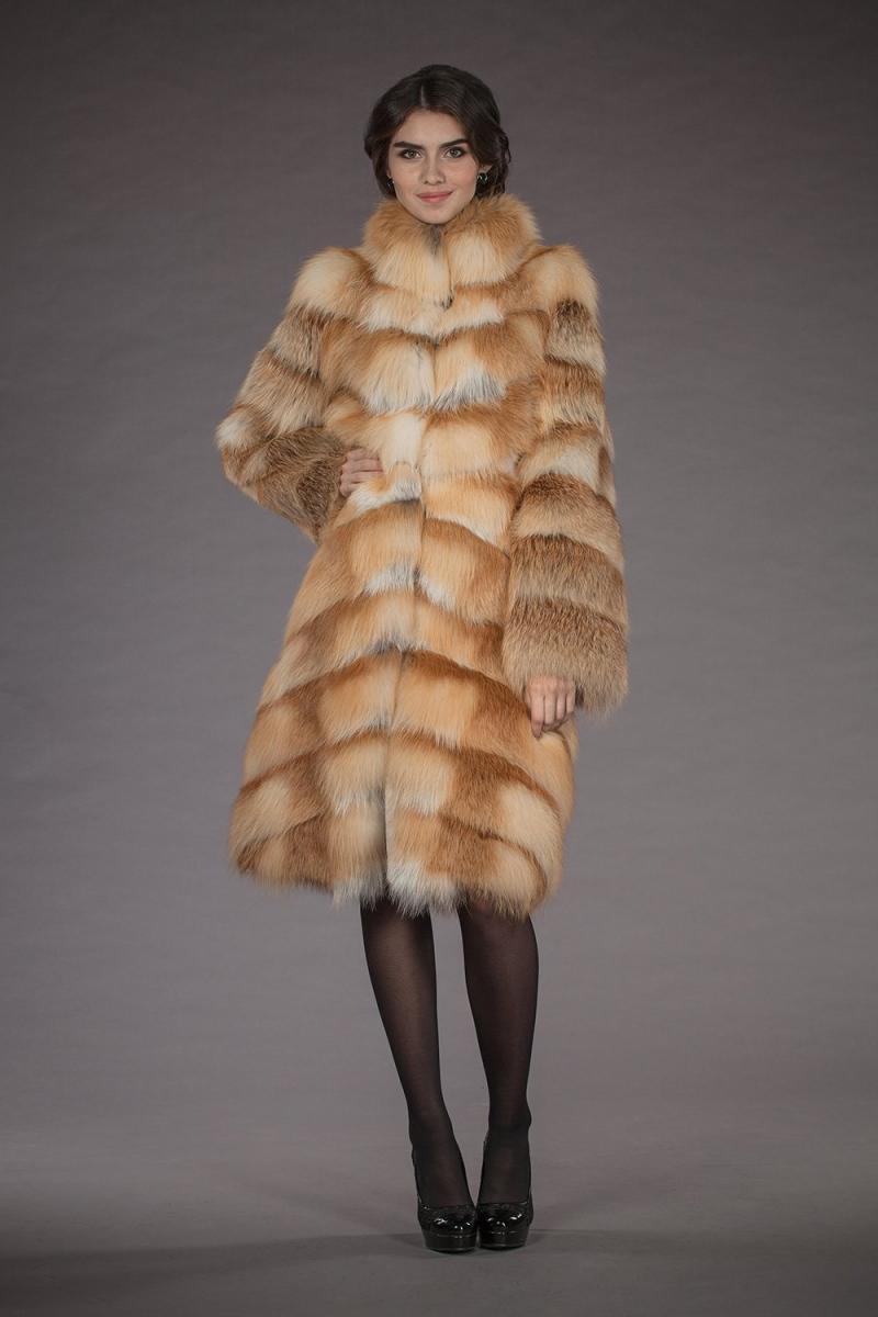 Шуба из меха лисы: тренд сезона