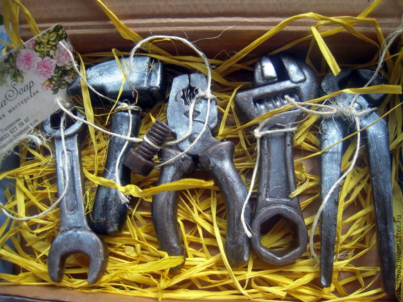 подарок дедушке набор инструментов