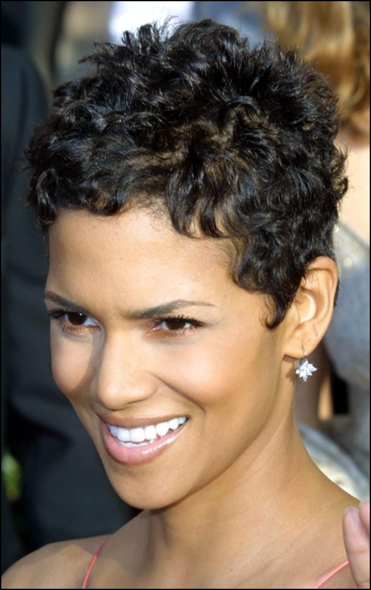 Ультракороткие стрижки на вьющиеся волосы