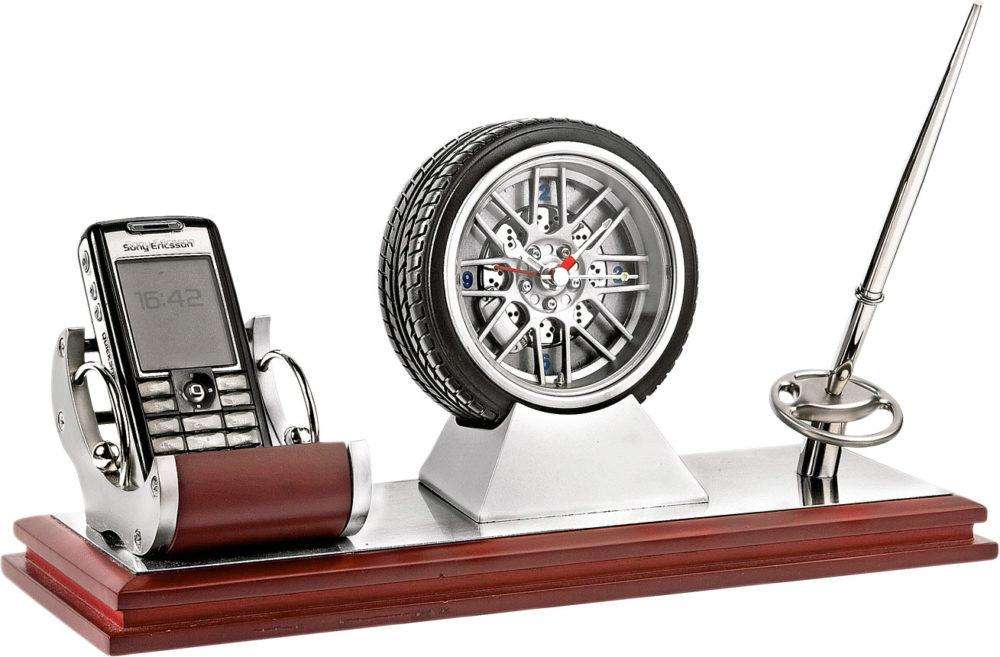 предметы для рабочего стола для начальника