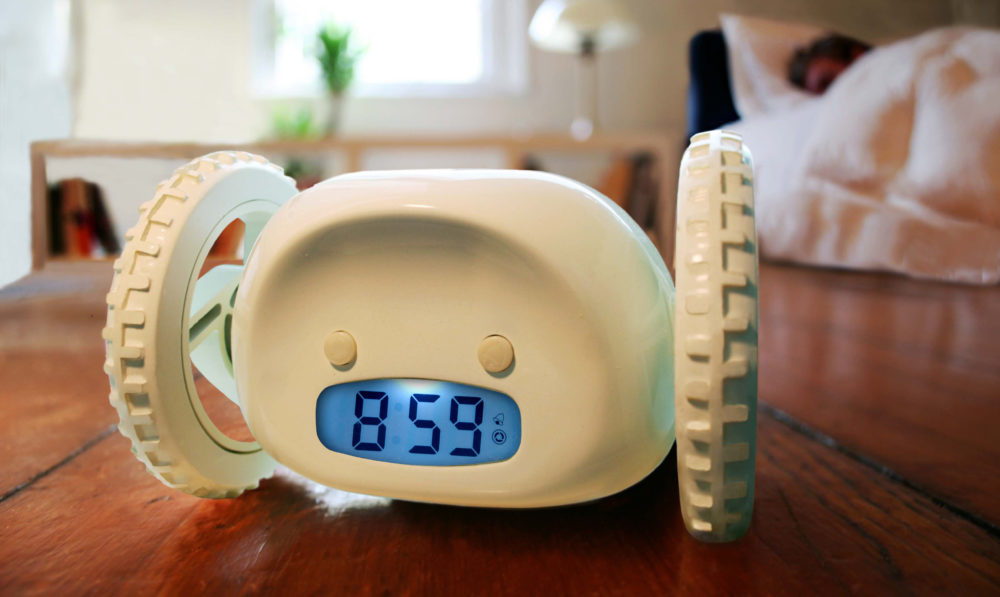 будильник в подарок отцу на 23 февраля
