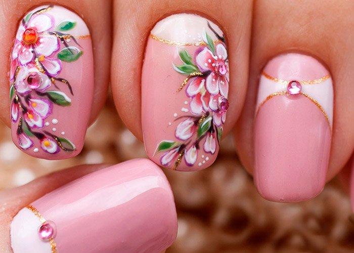 ногти в флористическом стиле на выпускной