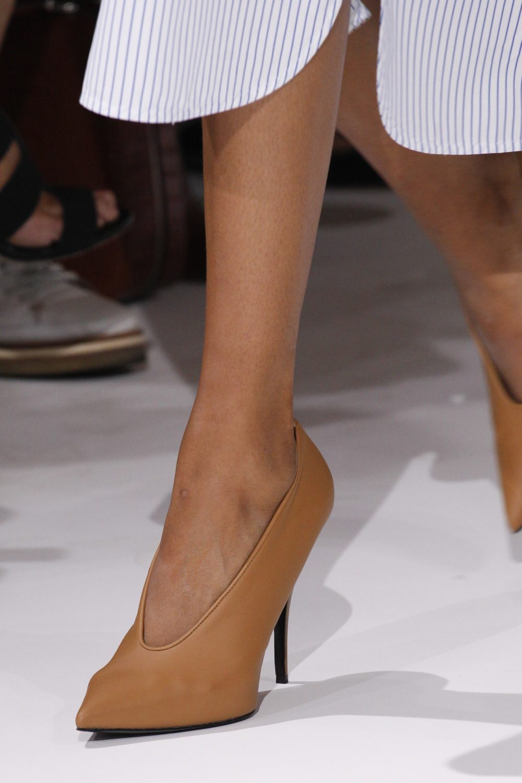 туфли-лодочки из кожи для базового гардероба
