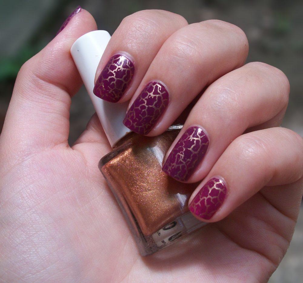 кракелюр для коротких ногтей