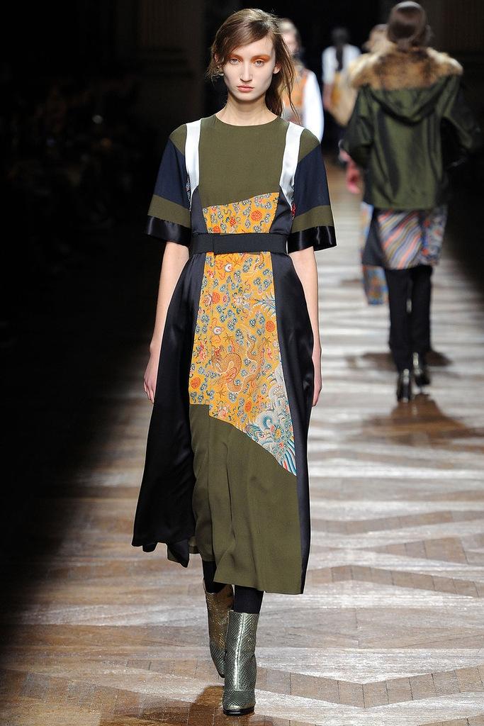 женское платье в стиле печворк