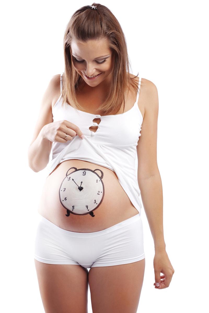 Какими красками рисовать на животе беременной