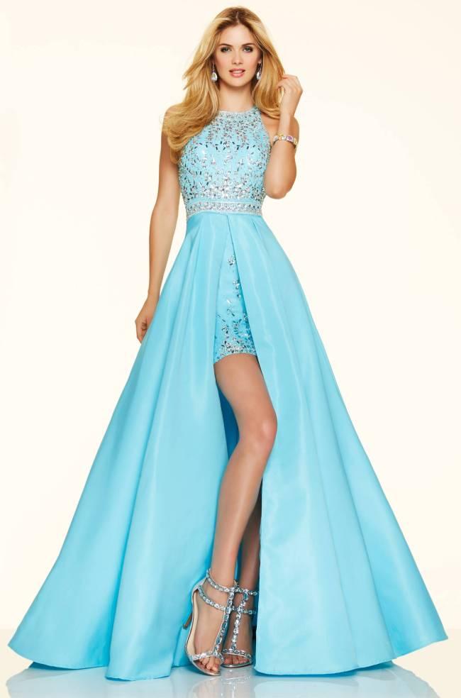 голубое платье с голубыми босоножками для выпускного