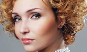 Разнообразие стрижек на кудрявые волосы