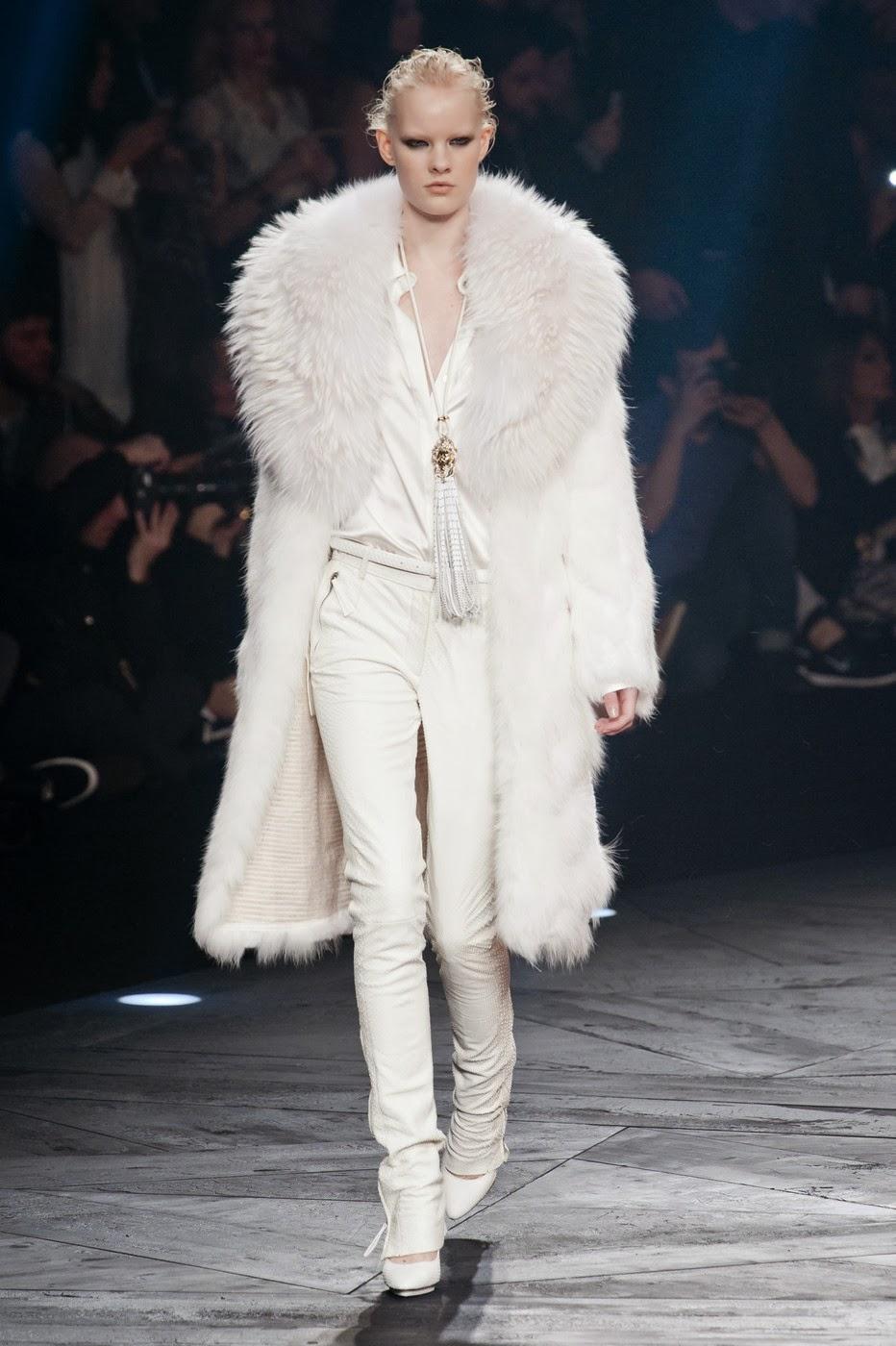 Одежда на осень-зиму в белых тонах