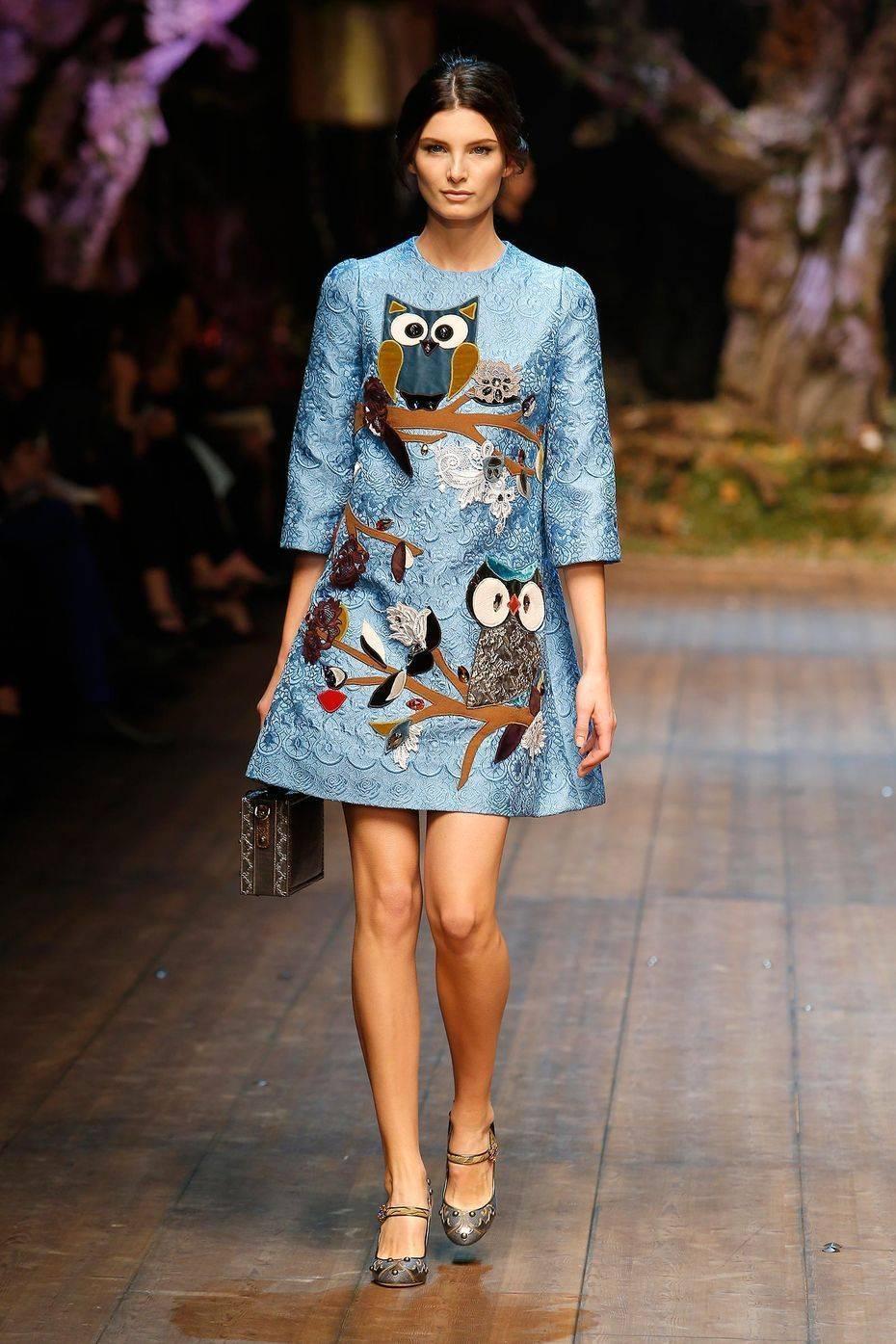 Платье с 3Д принтом
