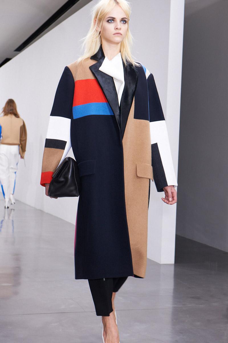 Пальто с геометрическим рисунком