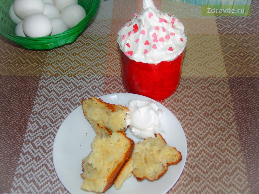 Рецепт: Кулич пасхальный с грецкими орехами и ананасами