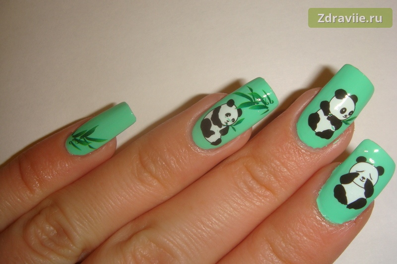 Дизайн ногтей со слайдерами с изображением панд