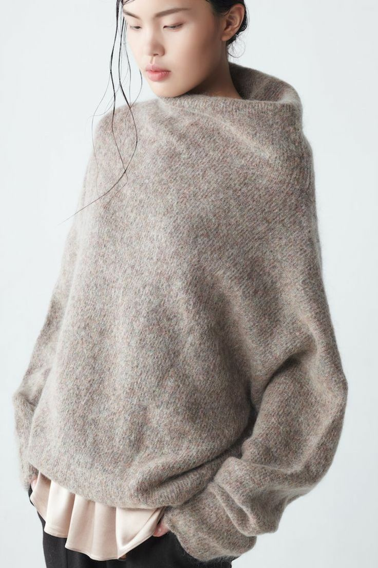 стильный свитер оверсайз - хит сезона