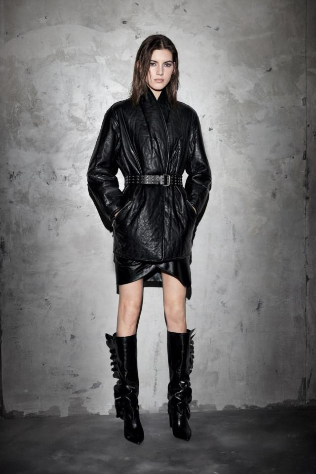 новая коллекция трендовых кожаных курток
