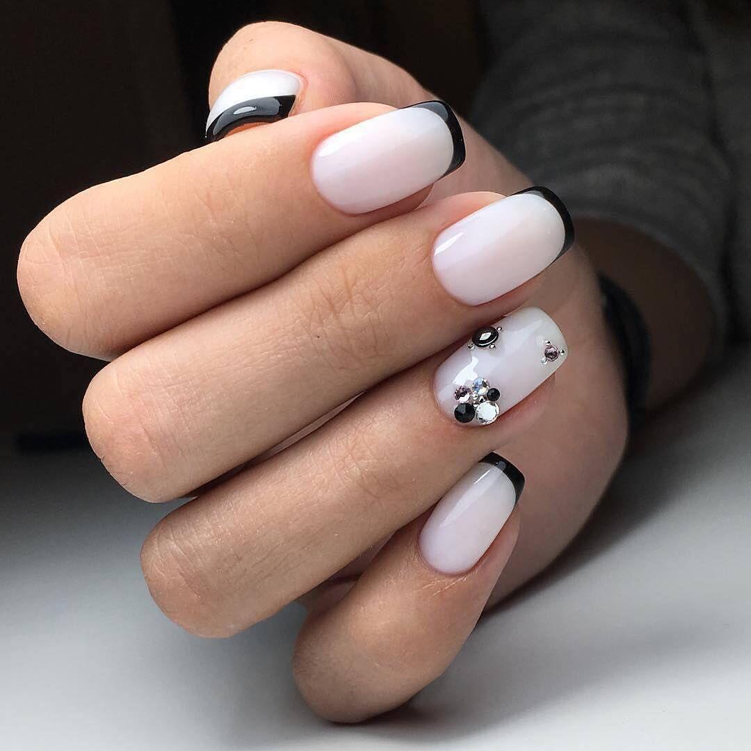 трендовое черно-белое оформление ногтей